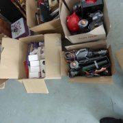 16 supports bouteille, 1 lot de tirelires, paniers, bougies JACK BOUT